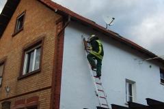 """Einsatz """"Ziegel stürzen von Dach"""" am 28.02.2010"""